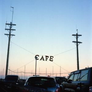 T009_マストが見えるカフェ